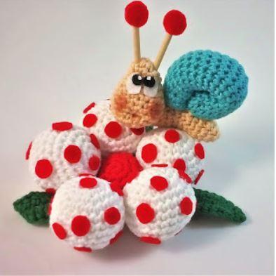 crochet) How To Crochet a Snail - Yarn Scrap Friday - YouTube | 393x394
