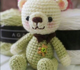 FREE Pooh Bear Amigurumi Crochet Pattern by ~aphid777 on ... | 280x320